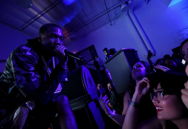 LOS ANGELES, CA - JUNE 26:  Recording artist Meek Mill performs onstage at a Roc Nation curated Samsung exclusive concert at Samsung Studio LA on June 26, 2015 in Los Angeles, California.  (Photo by Michael Buckner/Getty Images for Samsung)