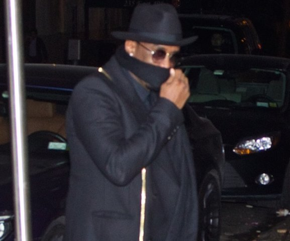 Sean Combs (AKA P. Diddy) spotted in Midtown Manhattan dining at Red Stixs