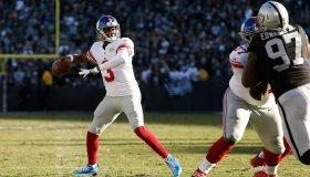 New York Giants v Oakland Raiders