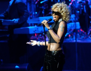 Mary J. Blige performs at the Hall of Jazz at Lincoln Center NYC