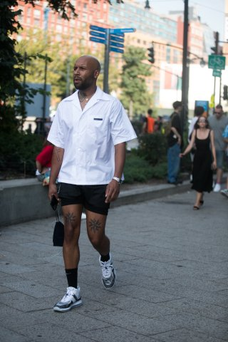 Street Style - New York Fashion Week September 2018 - Day 2