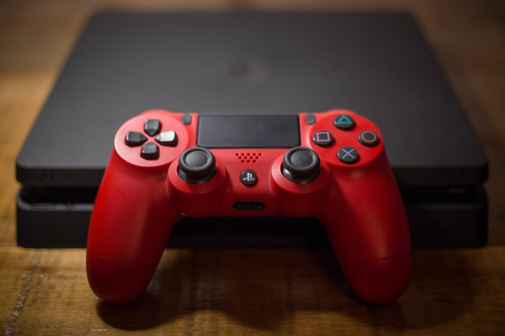 Hack Using PS4's Messaging System Allegedly Will Brick Your Console