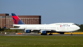Delta Air Lines Boeing 747-400 ready to depart from Tokyo...