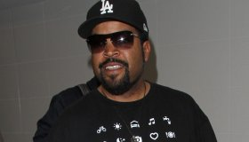 Ice Cube arrives at LAX