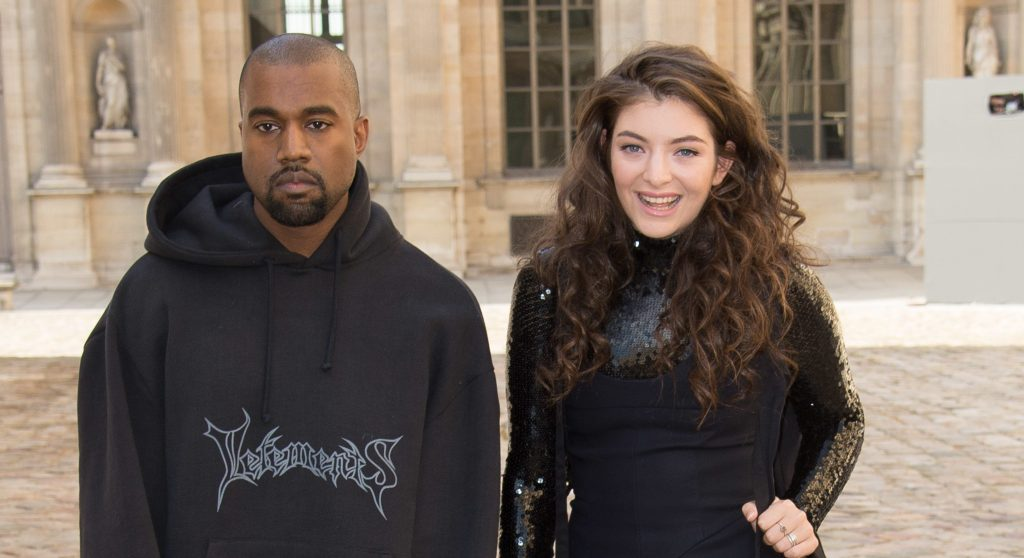 Lorde accuses Kanye West of stealing stage design.