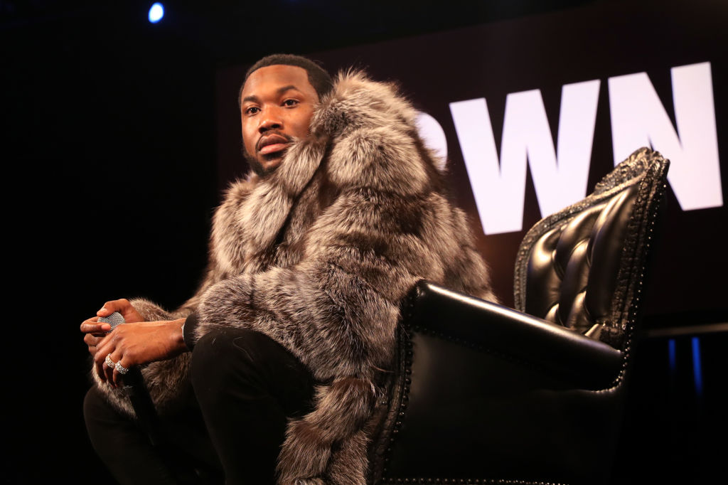 Black Women Drag Meek Mill On Twitter For Dissing Lace Front Wigs