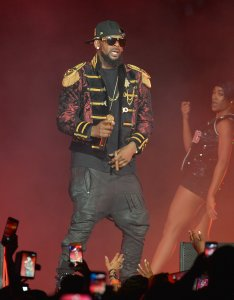 R Kelly performs live in concert