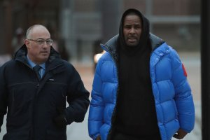 R. Kelly Appears In Court For Aggravated Sexual Abuse Charges