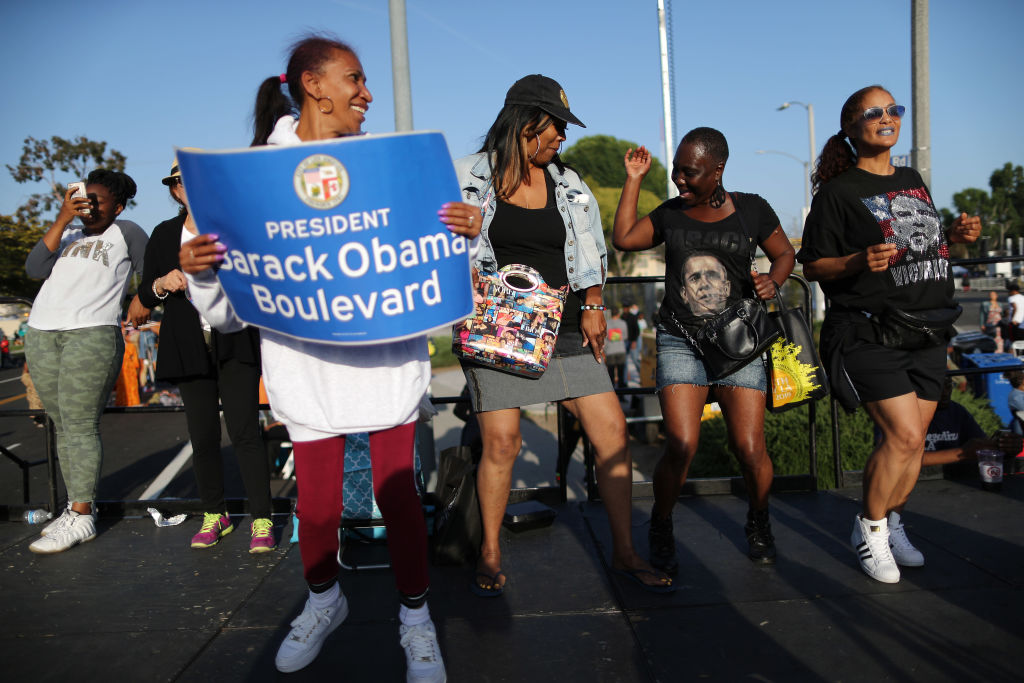 "Los Angeles Neighborhood Celebrates Re-Naming Local Street To ""Obama Boulevard"""