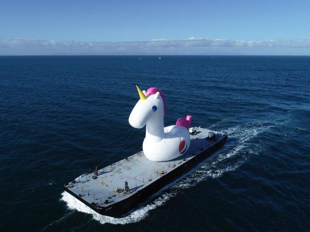Pepsi #Summergram & 4 Giant Summer-Themed Inflatables