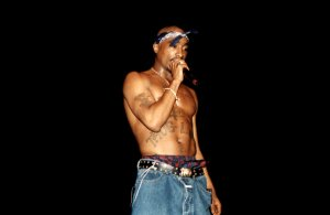 Tupac Shakur Live In Concert