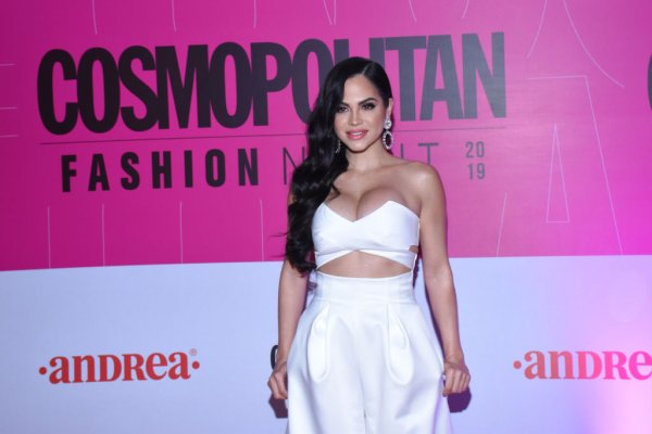 Cosmopolitan Fashion Night - Red Crapet