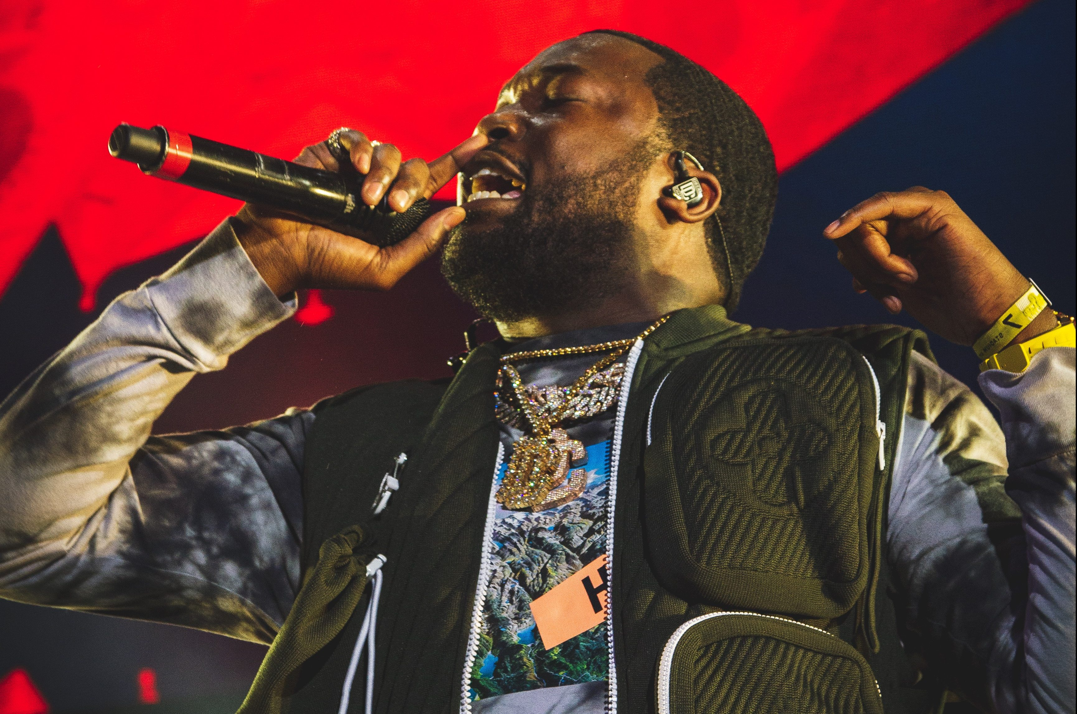 Meek Mill Says Gave Kids $20 Because He Didn't Want Them To Buy Weed