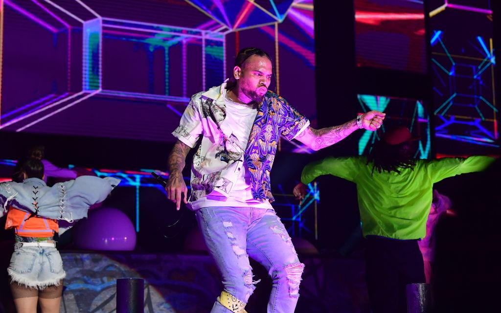Black Women Form Like Voltron To Drag Chris Brown