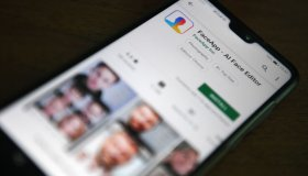 LIFESTYLE-US-RUSSIA-INTERNET-APP-PRIVACY