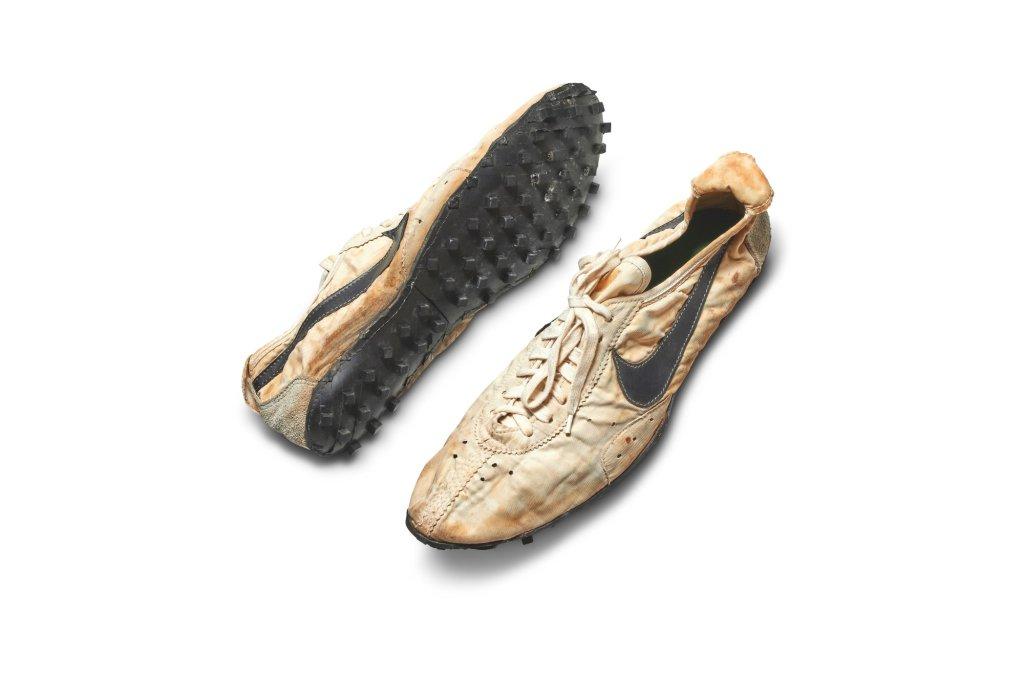 Nike Moonshoe