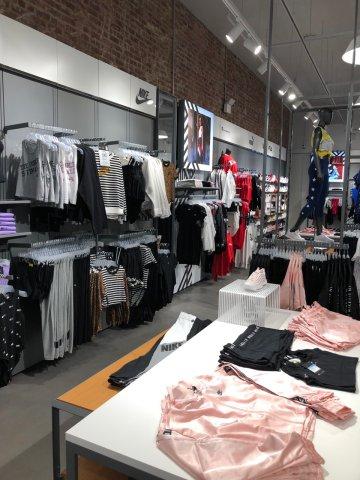 Foot Locker x Washington Heights Community Store