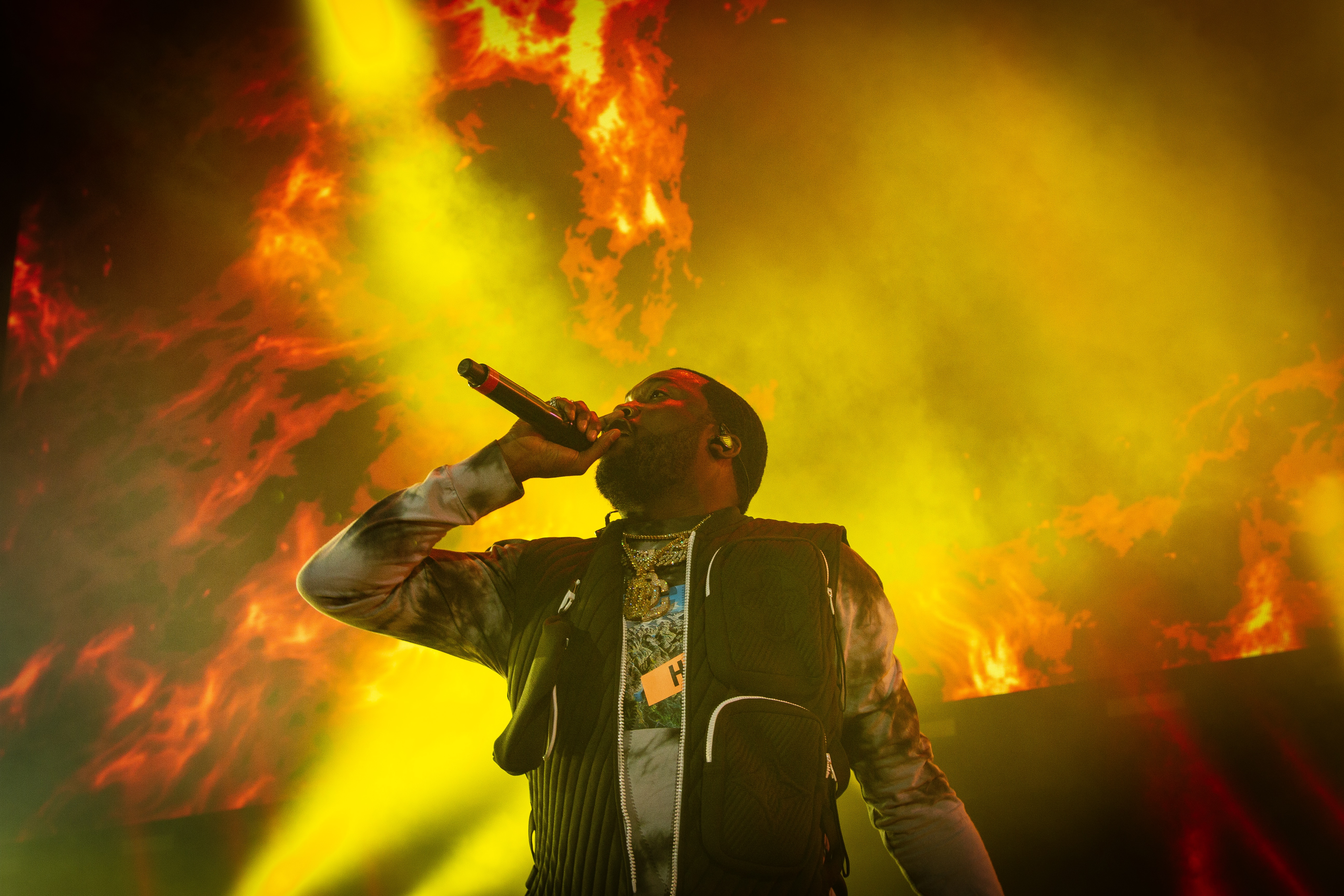 Meek Mill Apologizes After Getting Clowned Following Clubhouse Rant