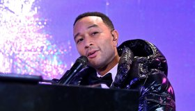 Bloomingdale's Unveils Holiday Windows With Special Performance By John Legend