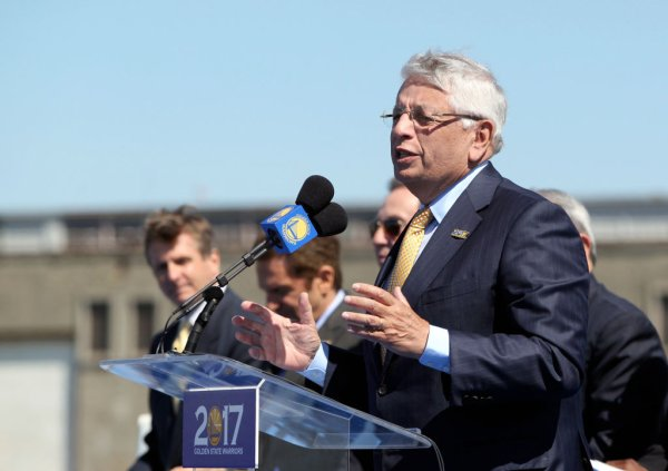 National Basketball Association commissioner David Stern speaks at a news conference to announce the building of a new Golden State Warriors basketball arena from the planned site just south of the Bay Bridge at piers 30-32 in San Francisco, Calif., Tues