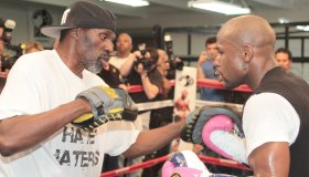 """FLOYD """"MONEY"""" MAYWEATHER JR at his media day open workout"""