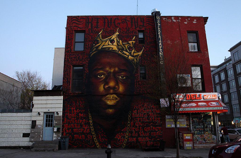 Twitter Is Debating Video of Brooklyn Residents Singing Biggie Smalls Song