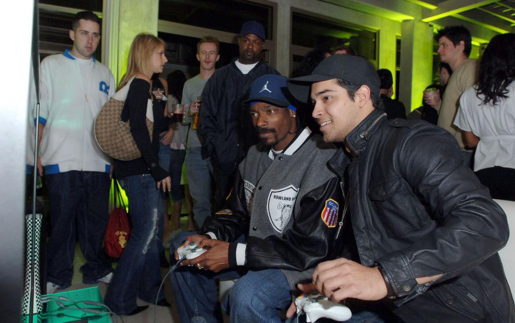 Snoop Dogg Blasts Bill Gates, Microsoft & Xbox After Servers Go Down
