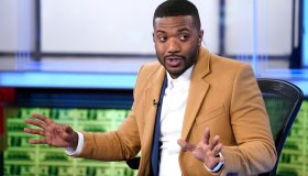"Ray J Visits ""Making Money"""
