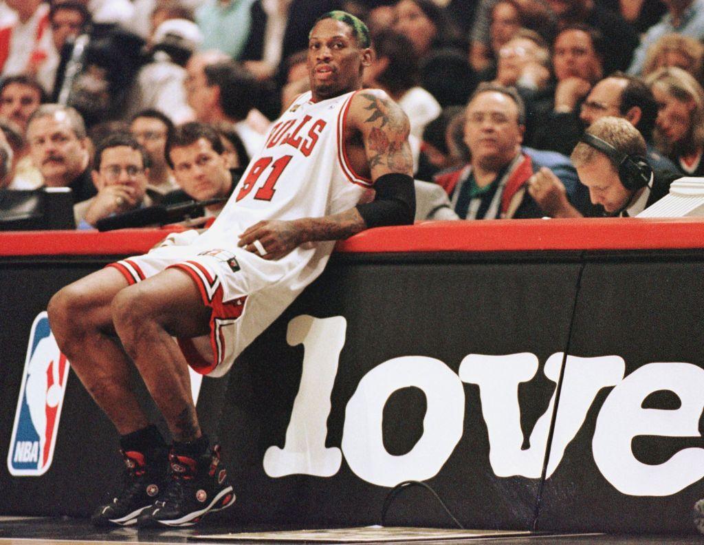 'The Fumble' Recaps Episodes 3 & 4 of ESPN's Jordan Doc 'The Last Dance'