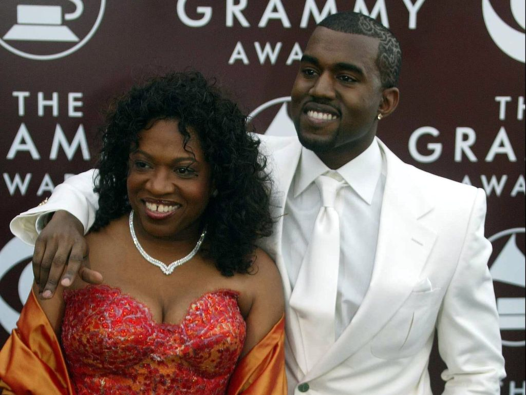 47th Annual Grammy Awards - Staples Center - Los Angeles