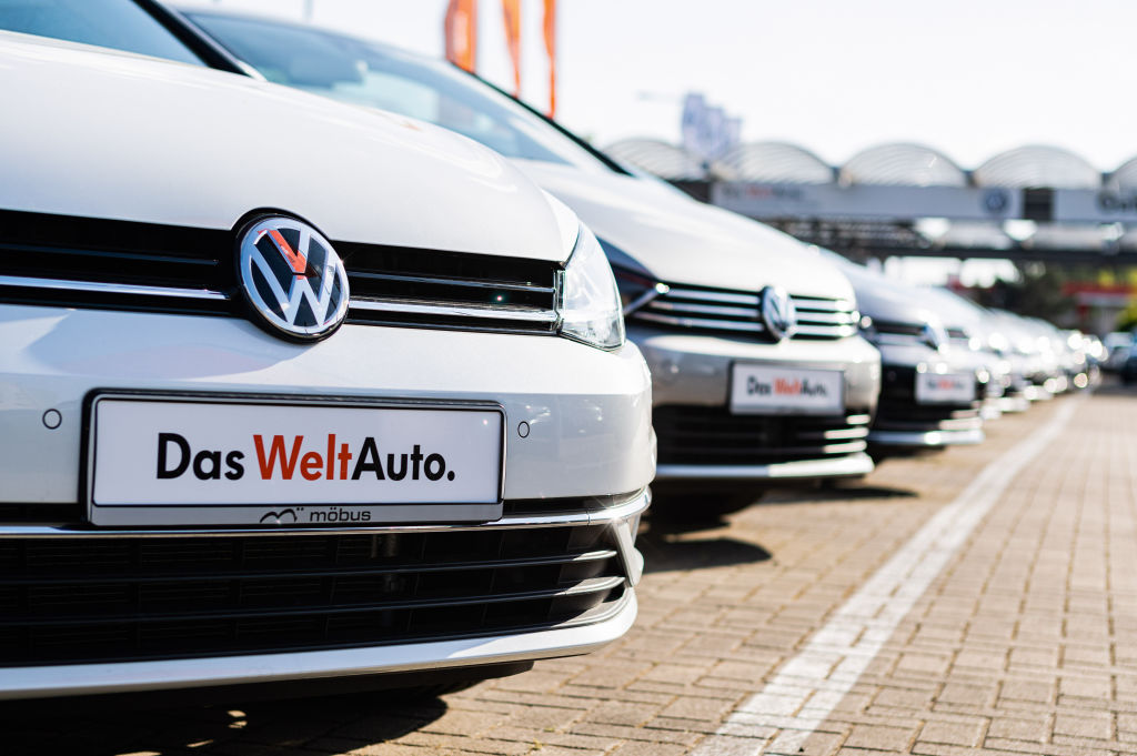 Volkswagen Apologizes For Racist Ad