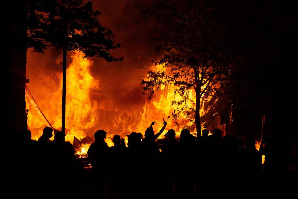 George Floyd Protestors Burn Down Minneapolis Precinct