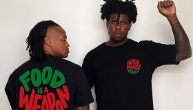 GHETTO GASTRO FOOD IS A WEAPON T-SHIRT