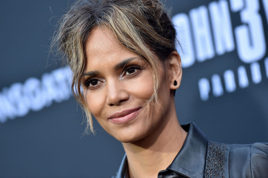 Halle Berry Apologizes For Conisdering A Movie Role As A Transgender Man