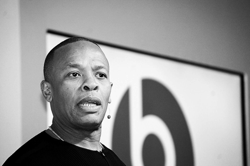 "Dr. Dre & Colin Kaepernick Take A Knee In ""Defiant"" Instagram Post"