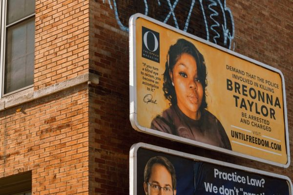 Billboards Placed Across Louisville Call For The Arrest Of Police Officers Involved In Killing Of Breonna Taylor