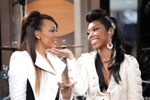 Twitter Reacts To The Tension Between Monica & Brandy During #VERZUZ Event