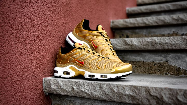 "Air Max Plus ""Gold Bullet"""