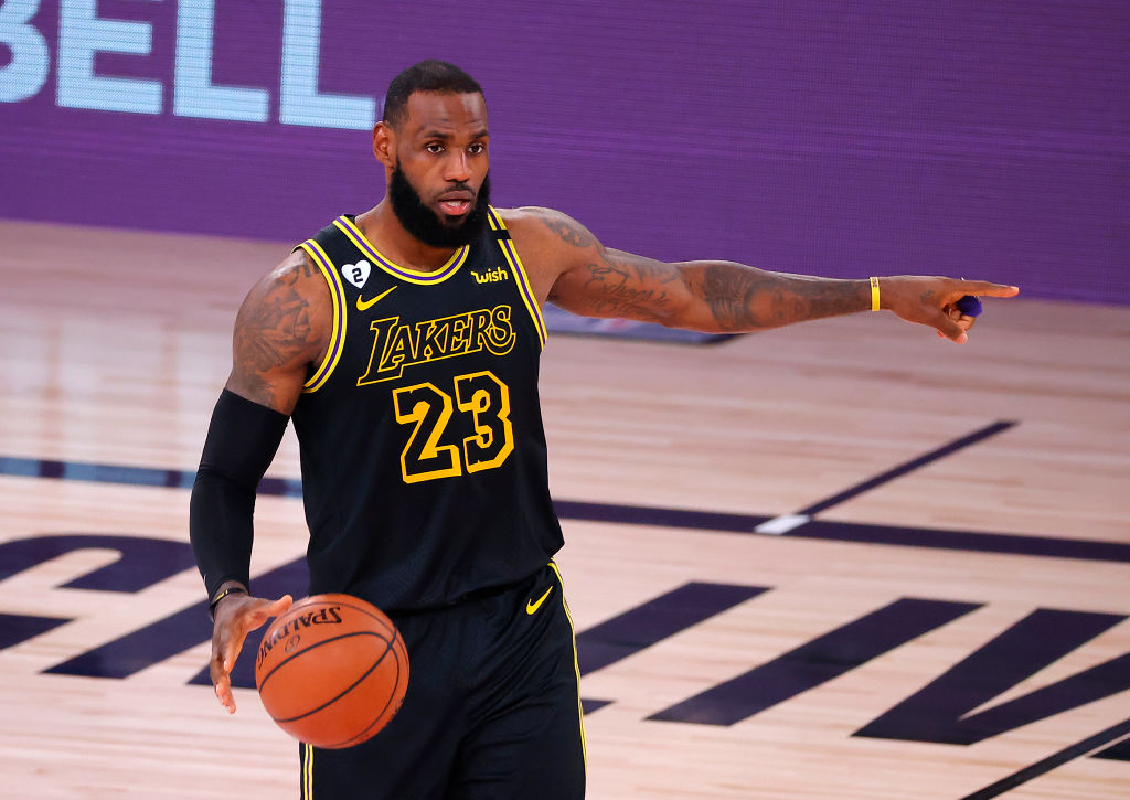 LeBron James Claps Back At Critics Following Lakers Game 2 Victory