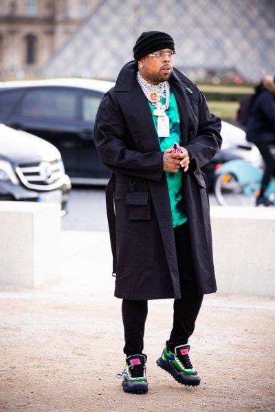 Street Style - Paris Fashion Week - Menswear F/W 2020-2021 : Day Two