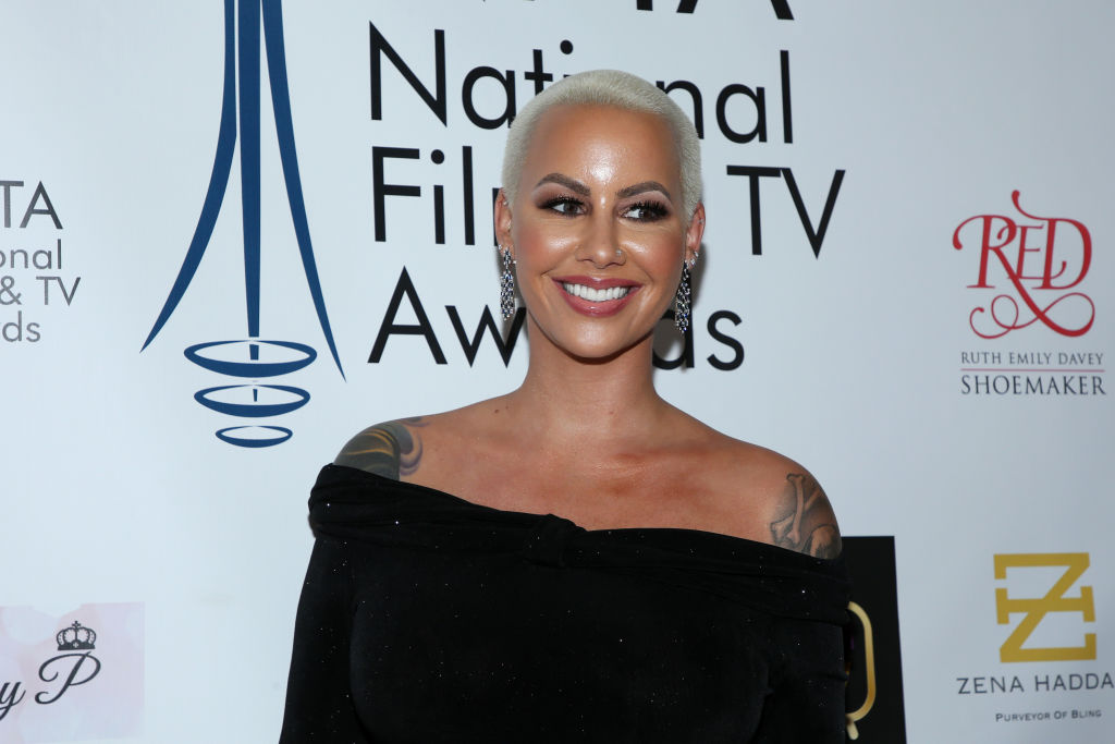 "Amber Rose Blasts Kanye West, Calls Him A ""Bully"" & ""Narcissist"""