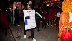 U.S.-NEW YORK-HALLOWEEN-REVELERS