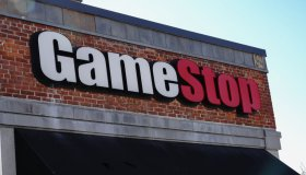 Game Stop, logo in Queens borough...