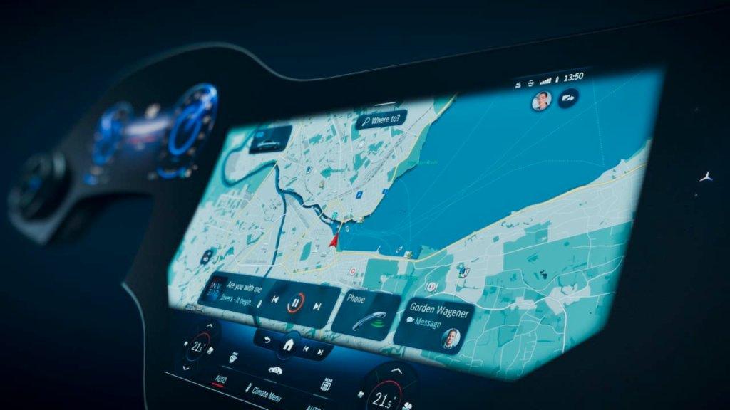 Mercedes-Benz Hyperscreen Display