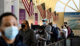 US-VIRUS-HEALTH-HOLIDAY-TRAVEL