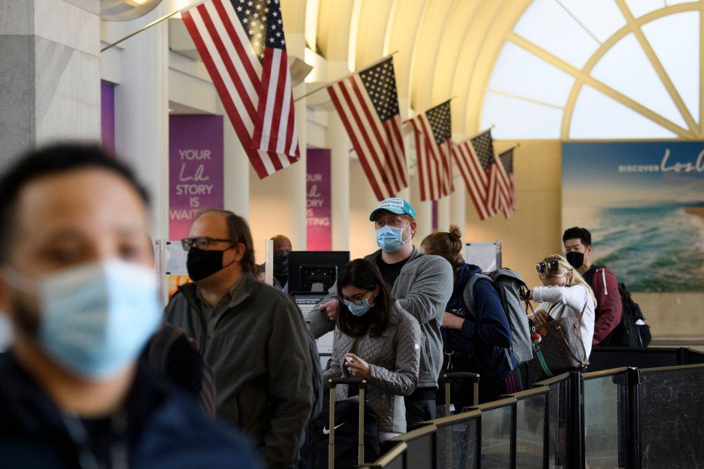US-VIRUS-HEALTH-HOLIDAY-TRAVEL