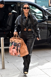 Celebrity Sightings - Paris Fashion Week Womenswear Fall/Winter 2020/2021 : Day Nine