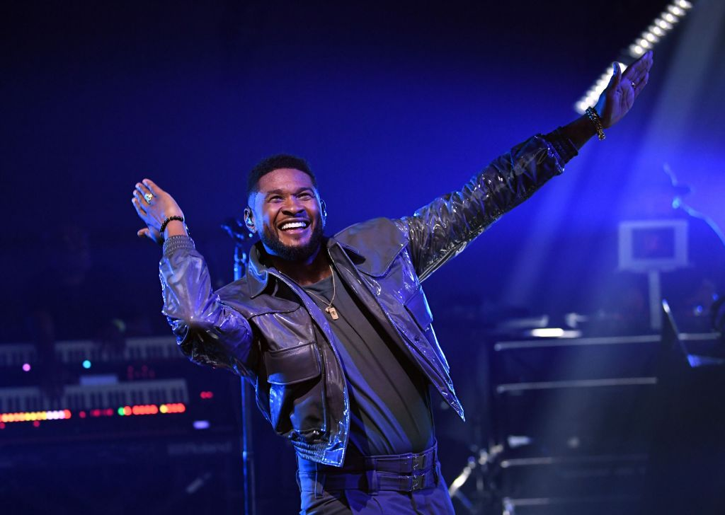 Usher Called Out For Allegedly Throwing Fake Money In Strip Clubs