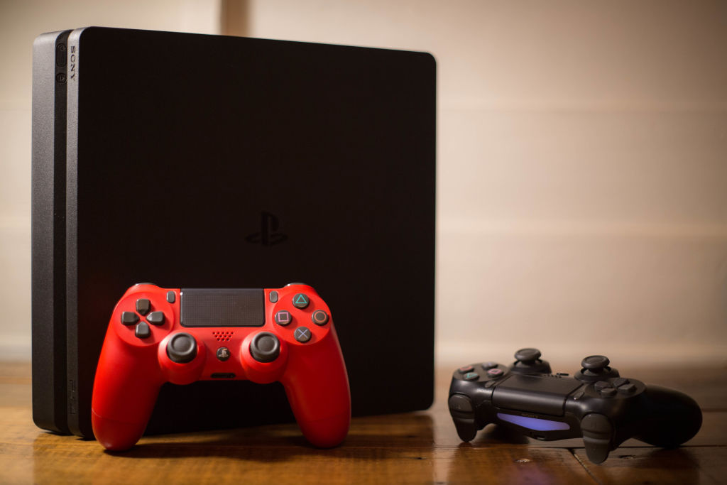 Gamers Express Concern About Potential PS3 & PS4 Internal Timing Issue
