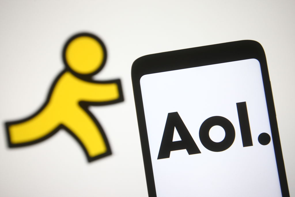 Verizon Sells AOL & Yahoo For $5 Billion To Apollo Global Management